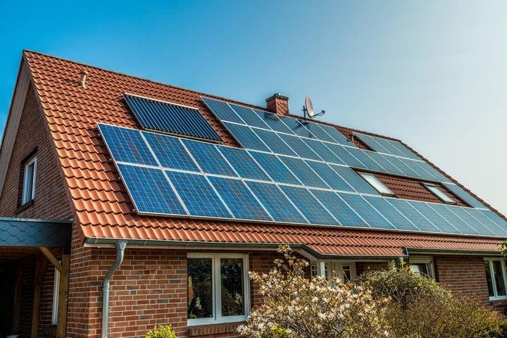 SOLAR-PANELS-NORTHERN-IRELAND-SOLAR-POWER-NI
